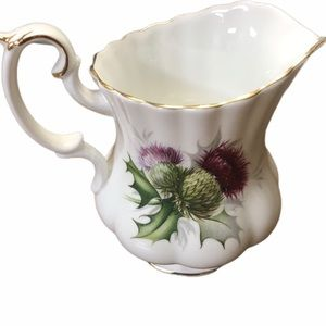 Royal Albert creamer bone China England